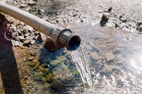 Mercury and PFAS contamination: Problems of law and science